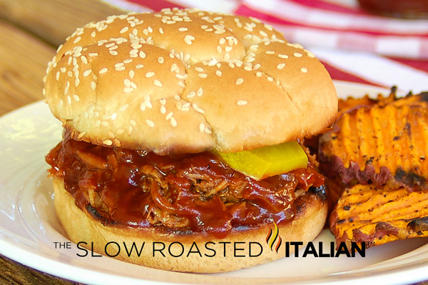 The Best Ever Simple Crockpot Pulled Pork Sandwiches