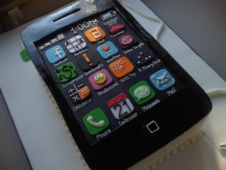iPhone Cake Delicious Gadget kpoprocksx2
