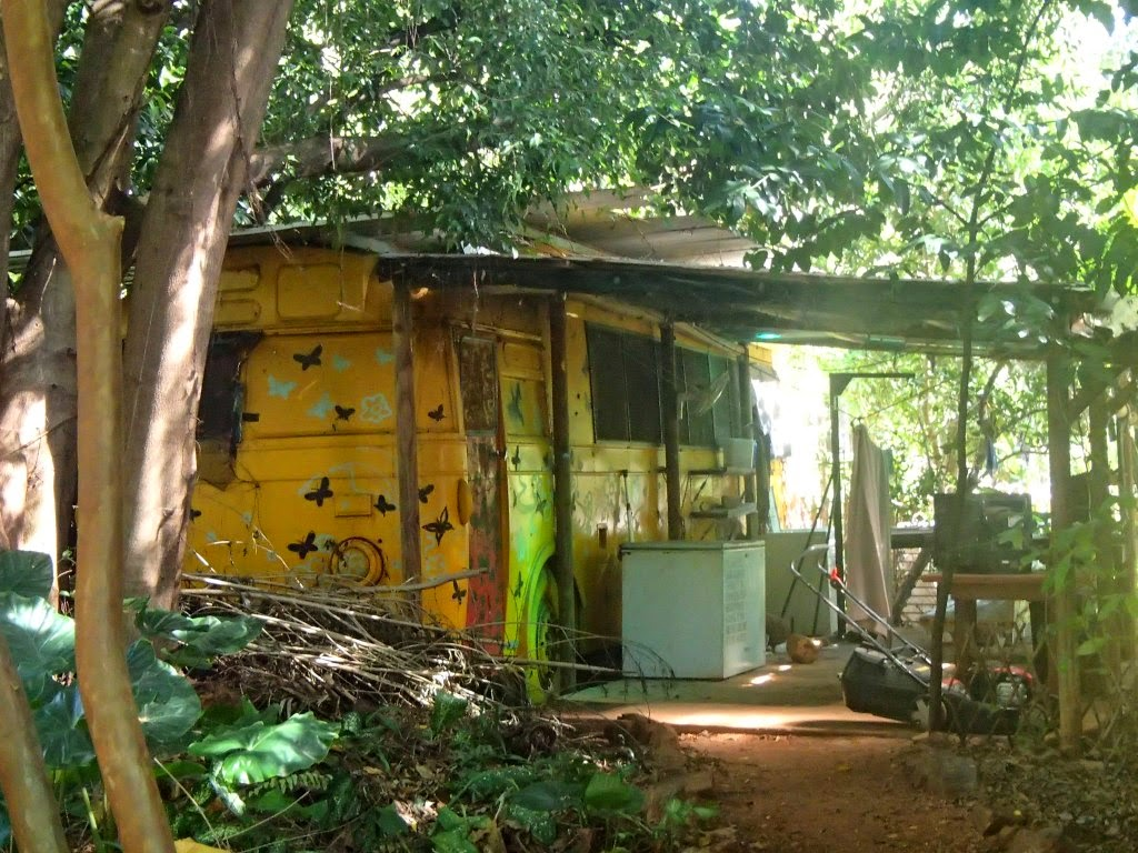 Vis ma vie en australie hotel butterfly farm batchelor for Cash piscine saulce