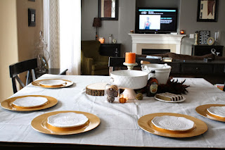 http://cupcakeskissesncrumbs.blogspot.com/2013/11/thanksgiving-breakfast-table.html