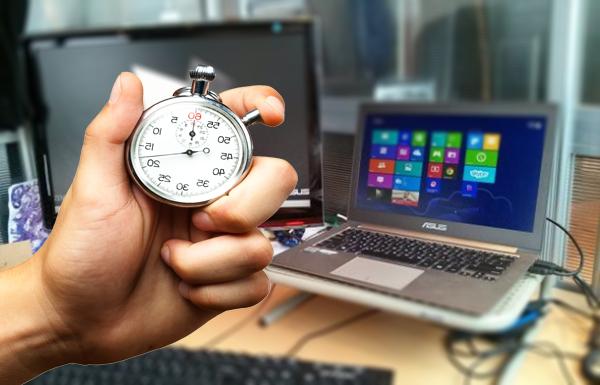 هل تعرف كم من الوقت تقضيه في الفيسبوك والمواقع الأخرى ؟ Trackr لديه الجواب !