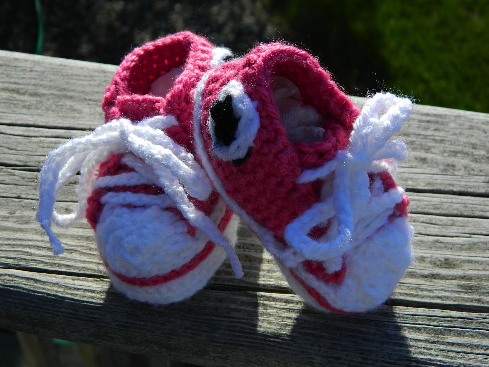Crochet Baby Converse Shoes Pattern : Converse Baby Shoe Crochet Pattern
