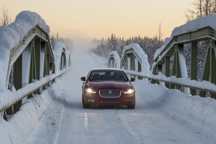 Campaña Ice Driving
