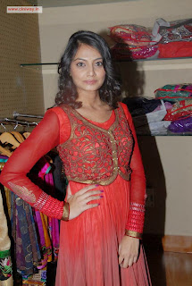 Nikitha-Narayan-Latest-Stills