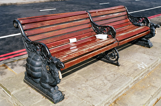 London bench Albert Embankment