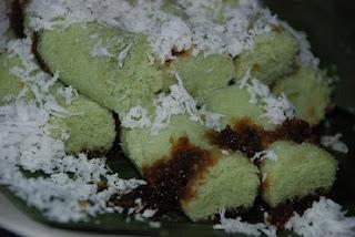 Resep-Kue-Putu-Bambu