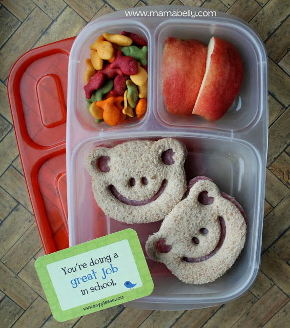 Simple Lunch for School in Easylunchboxes - mamabelly.com