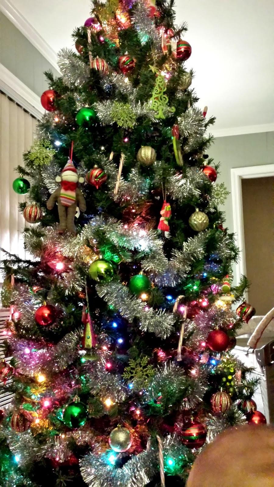 "Grinch Christmas Tree ""grinch christmas tree"""