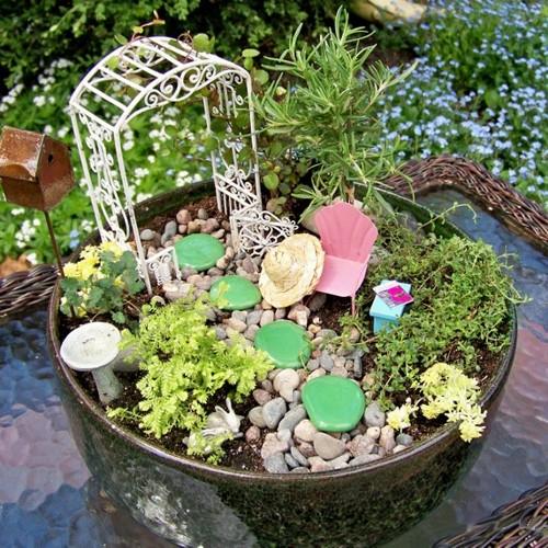 Vida suculenta quer aprender a fazer um mini jardim de for Jardines redondos pequenos