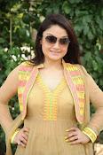 Sonia Agarwal latest glam pics-thumbnail-17