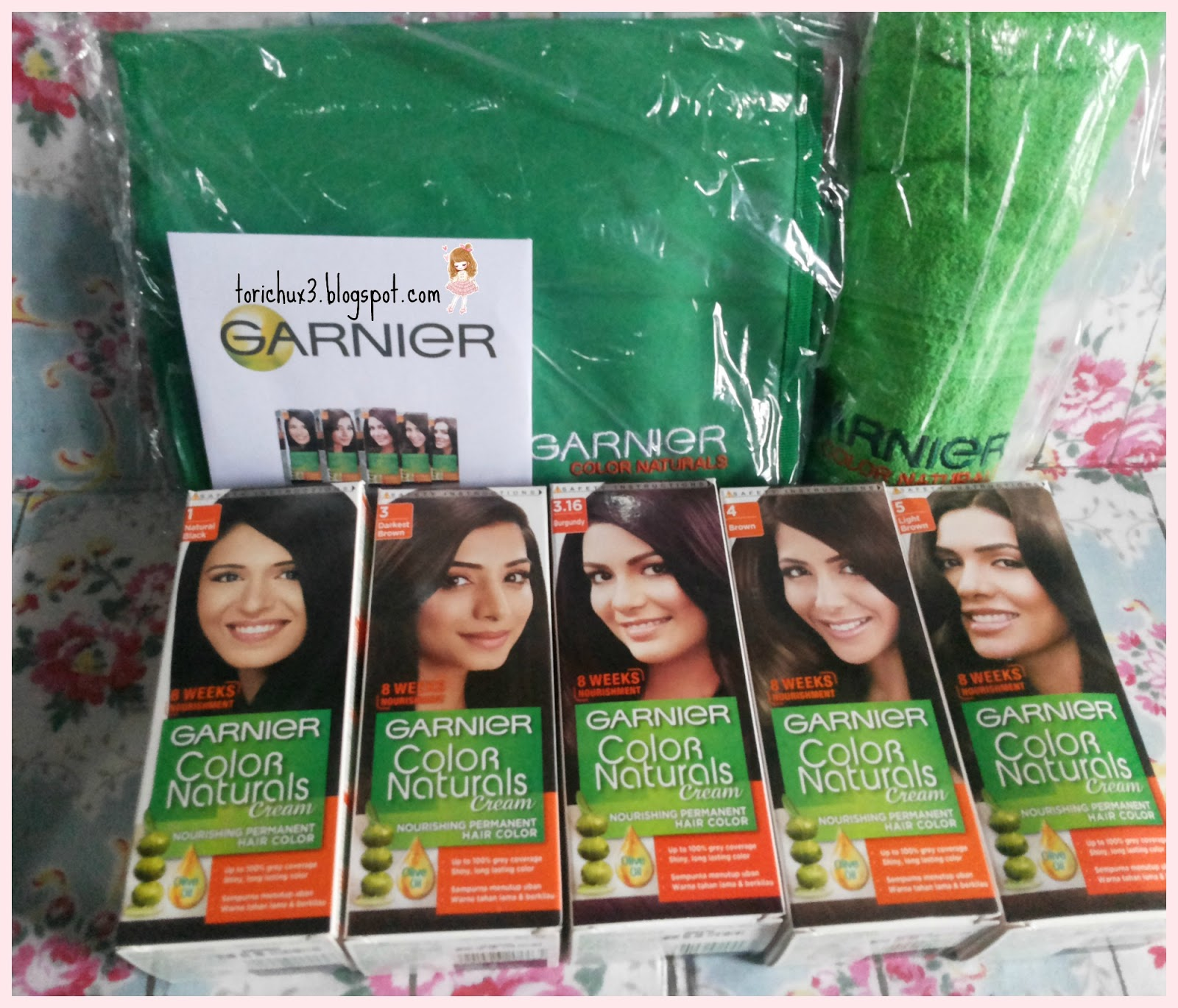Tori Chu Review Garnier Color Naturals Cream 316 Burgundy Im So Curious To Open The Box Found 5 Boxes Of Natural 1 Black 3 Darkest Brown 4 And Light A Towel