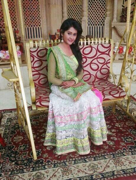 Kanchi Singh HD wallpapers Free Download