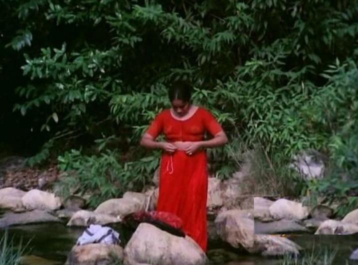 Kerala Aunty Kuliseen Full Download Kuli Seen Bathing Scene From Girls