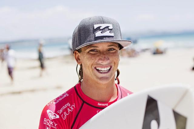 66 Roxy Pro Gold Coast 2015 Courtney Conlogue Foto WSL Kelly Cestari