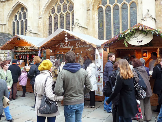 Weihnachtsmarkt in Bath