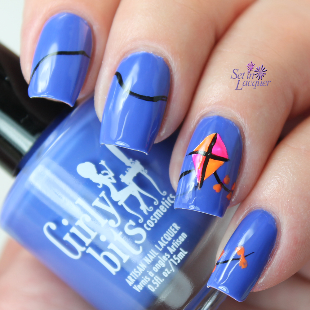 Simple kite inspired nail art