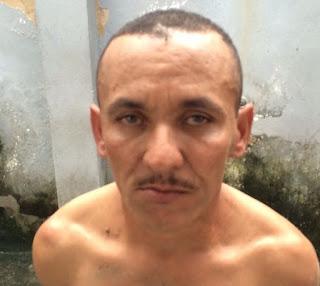 Homem mata amigo com facada no pescoço por causa de dívida de R$ 15