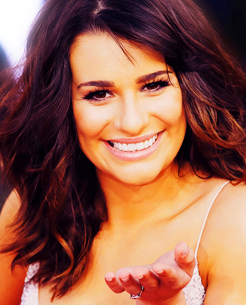 Lea Michele Hairstyles 39