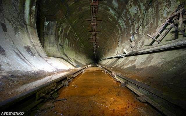 7 megaestructuras del antigua URSS abandonadas Acelerador+particulas+3