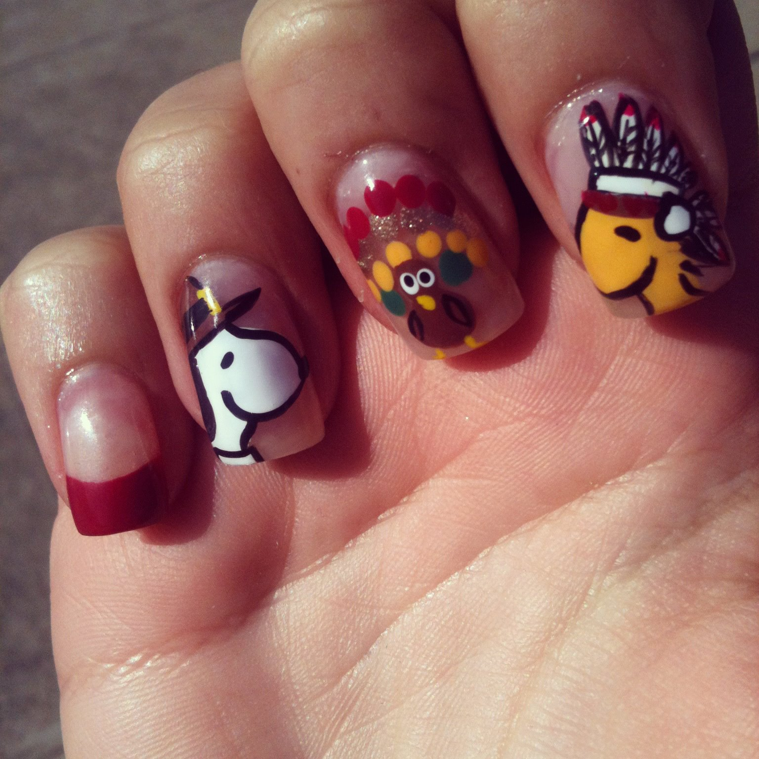 Prettyfulz Fall Nail Art Design 2011: Nailed To The T: Snoopy Thanksgiving Nails