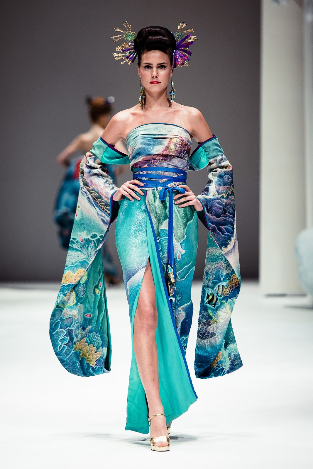 Fashion studio magazine yumi katsura exclusive interview for Couture fashion designers