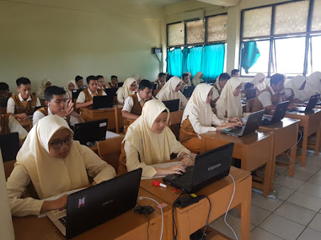MTs Negeri 42 Jakarta Melaksanakan USBN Berbasis Komputer 1 Sesi