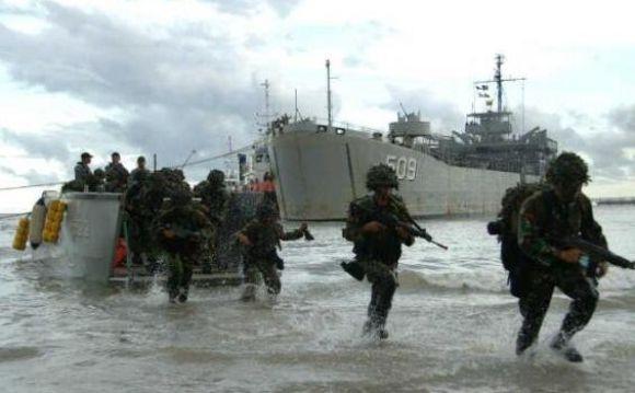 TNI AL Kerahkan 42 KRI dalam Latihan Gabungan 2013