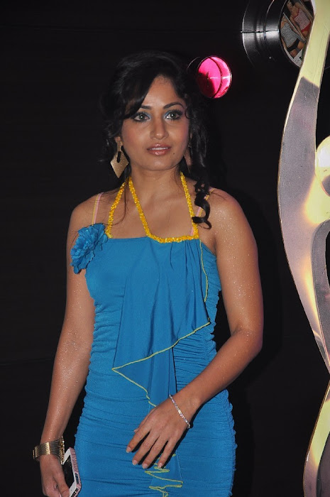 madhavi latha sizzling at siima awards party actress pics