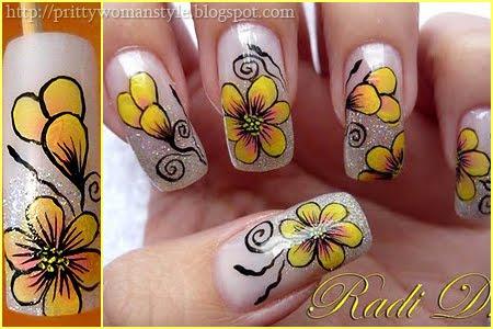 Декорация на маникюр с брокат и жълти цветя