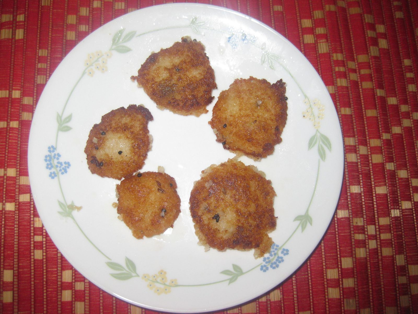 Delicious Desi Dishes: Wheat Upma Vadas