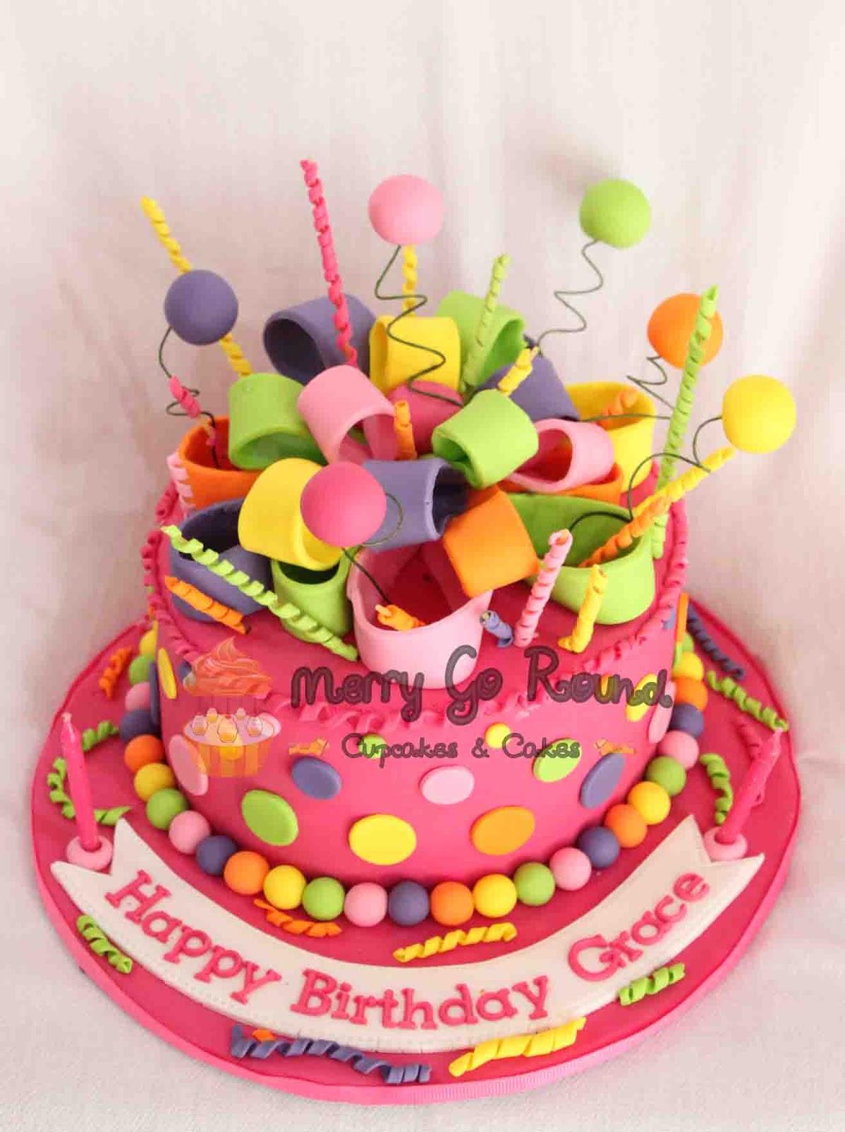 Images Of Round Birthday Cake : Merry Go Round - Cupcakes & Cakes: Birthday Cakes