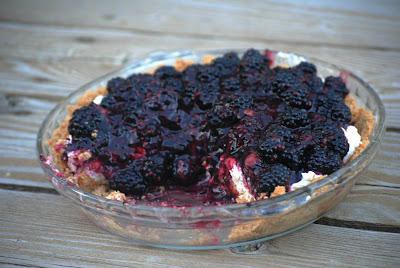 Fresh Blackberry and Cream Cheese Pie