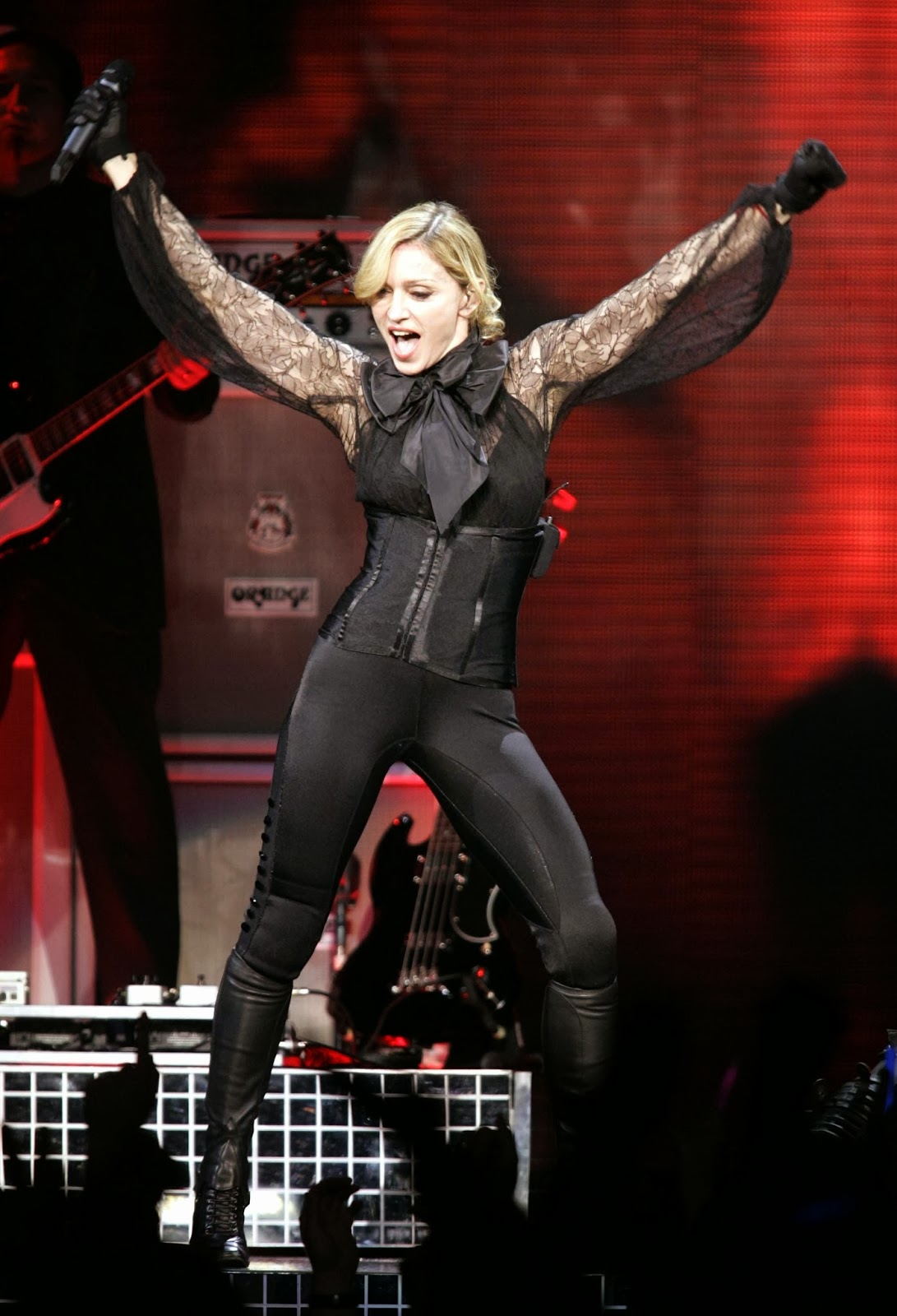 Madonna+-+Confessions+Tour+in+Montreal+C