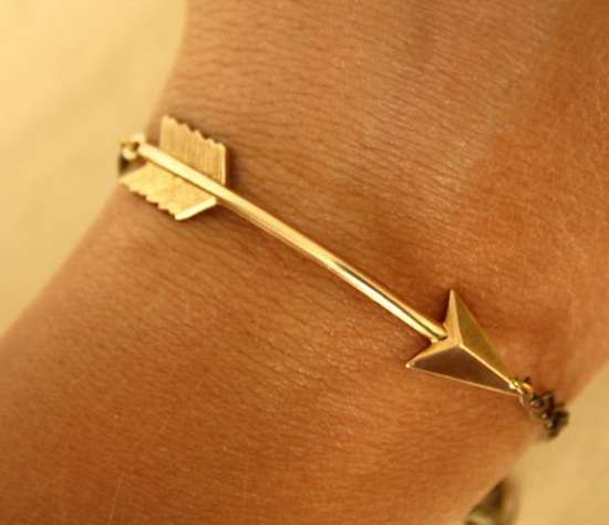 Golden arrow bracelet for women