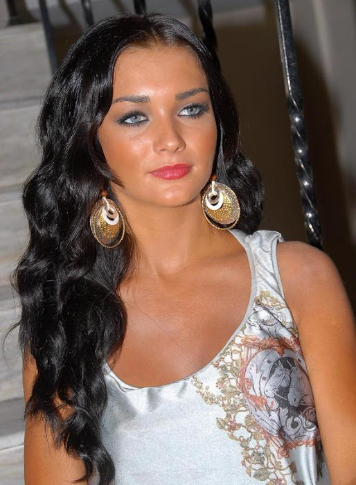 amy jackson in white dress