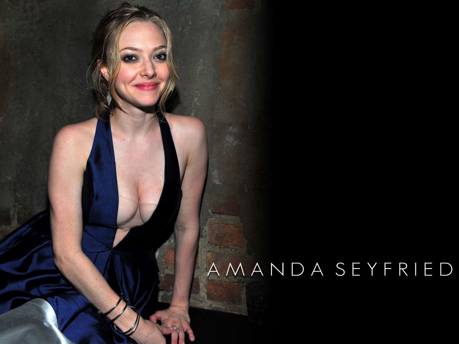 Amanda Seyfried   High digital wallpaper blog Taarak Mehta Ka Ooltah Chashmah Babita Hot