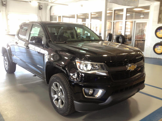 Redesigned 2015 Chevy Colorado at Hoselton Chevrolet in East Rochester, NY