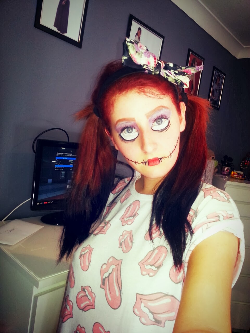 This is a creepy doll makeup tutorial as i am going as this to a Halloween party this year and needed extra practice.