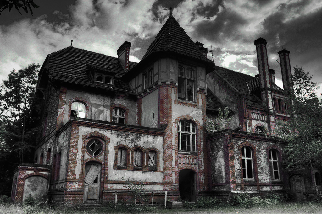Haunted house real haunted house ghost house a haunted for Building a house in michigan