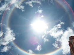 EL SOL CON ARCOIRIS 5 DE FEB DE 2012 EN BOGOTA