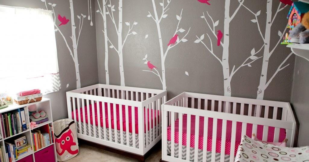 photo d co chambre b b jumeaux b b et d coration chambre b b sant b b beau b b. Black Bedroom Furniture Sets. Home Design Ideas