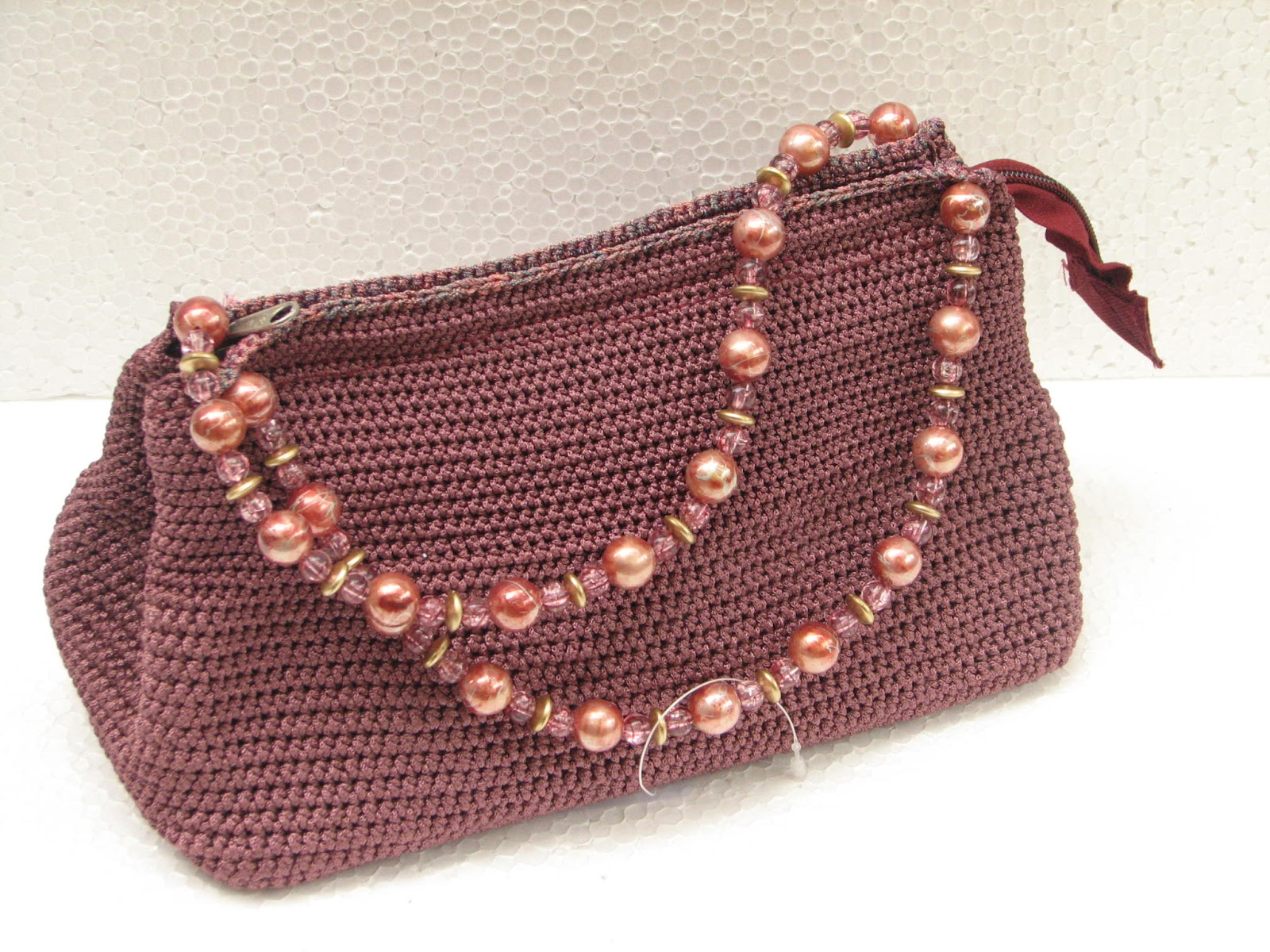 Handmade Crochet Handbags : DISHA FOUNDATION : Handmade crochet bags