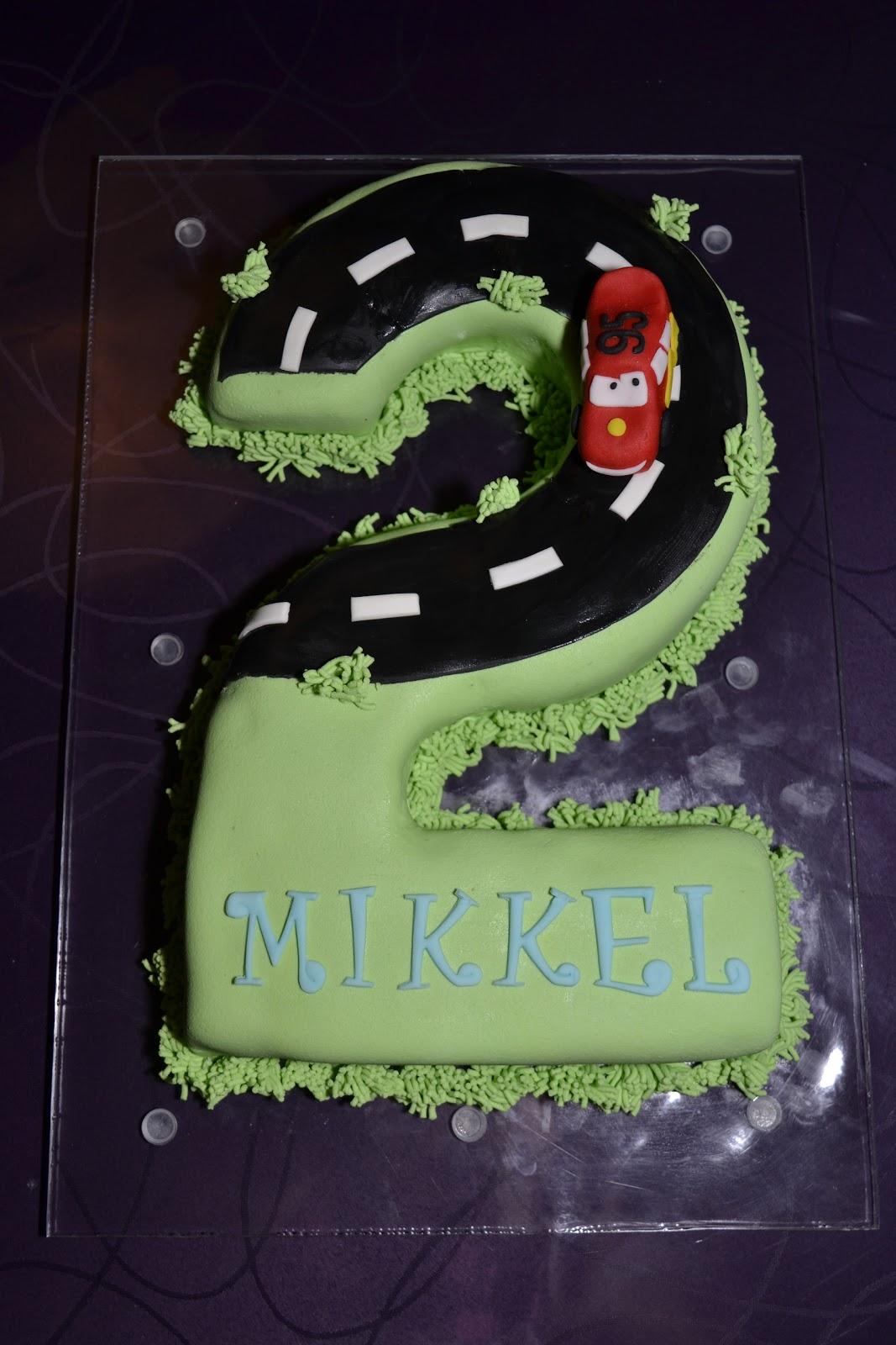 kage til 2 års fødselsdag