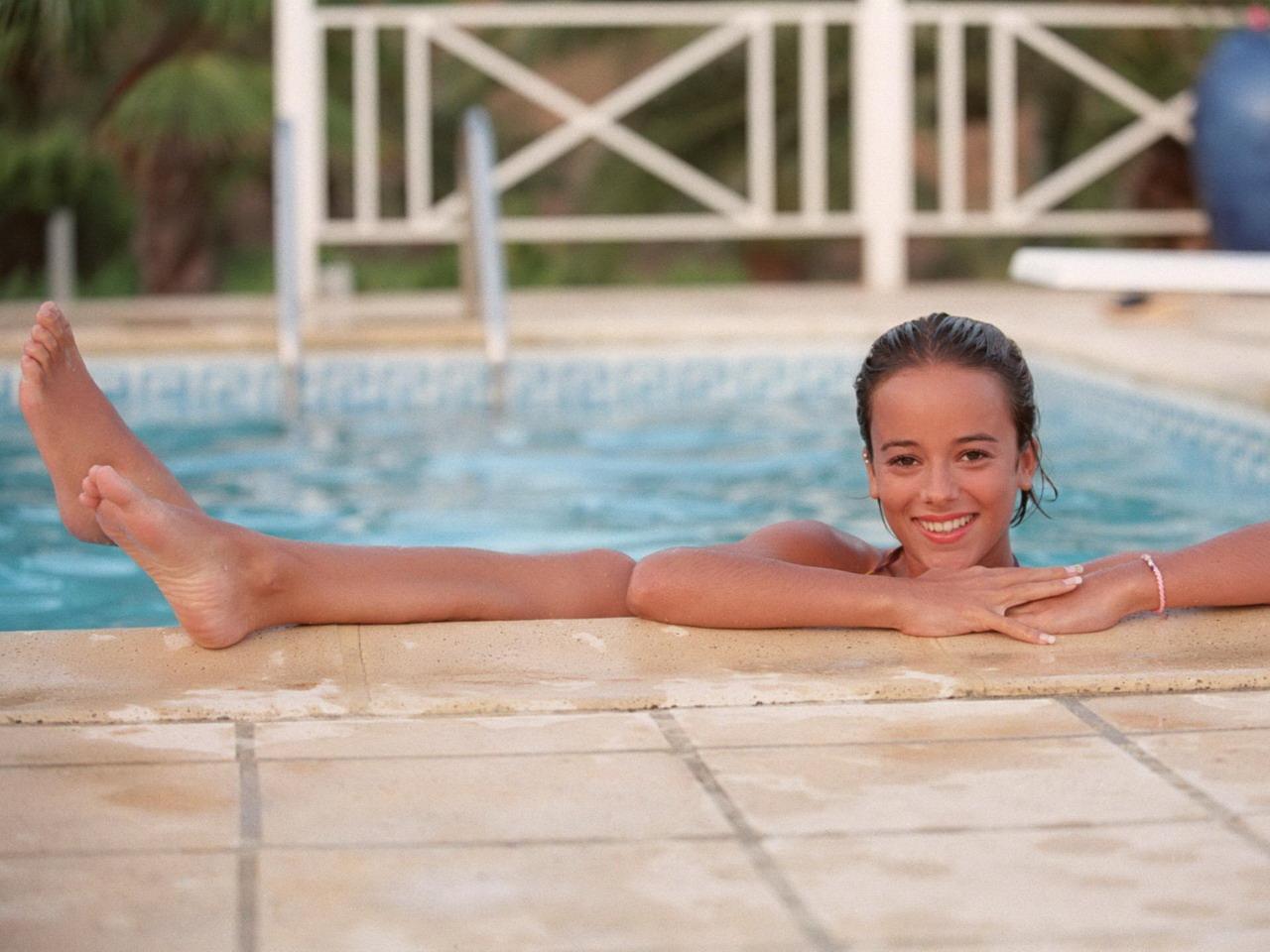 tube-alizee-nude-photos-interracial-two-black