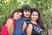 parahushar movie opening stills-thumbnail-11