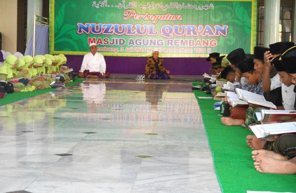 Tanamkan Gerakan Cinta Al Qur'an, Masjid Agung Rembang Gelar Khotmil Qur'an Bi Tilawah Dan Bil Ghoib