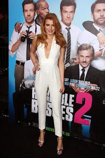 bella thorne at horrible bosses 2 premiere in los angeles 7.jpg