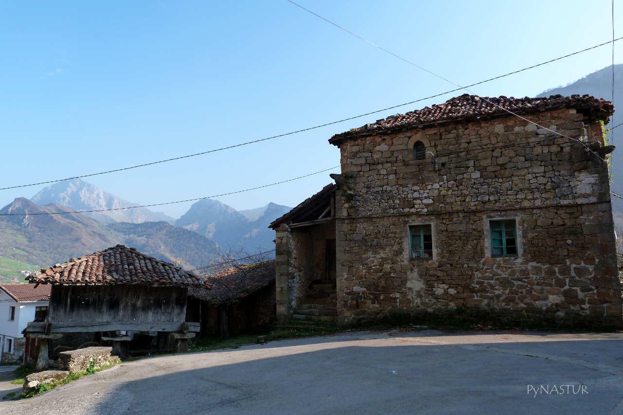 Torre de Cazo - S.XII - Ponga - Asturias
