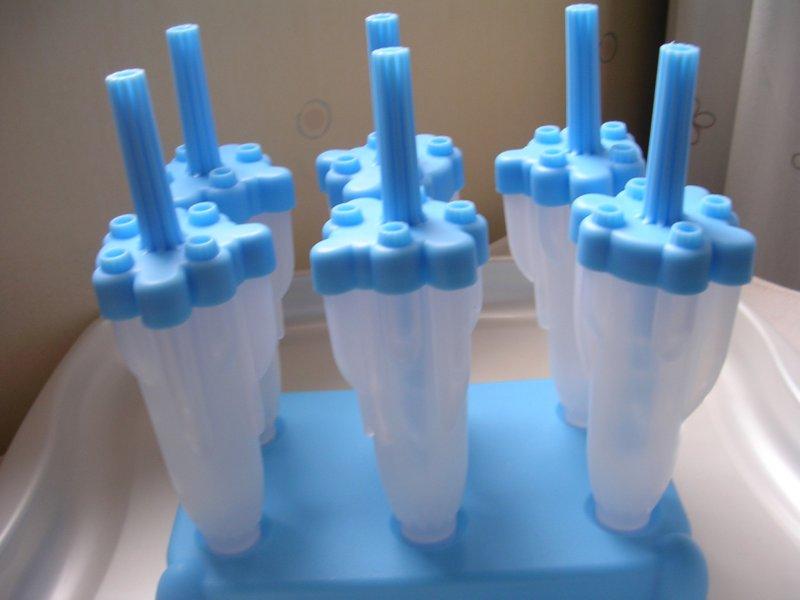 rocket and roses vegan kitchen gadgets rocket ice lolly. Black Bedroom Furniture Sets. Home Design Ideas