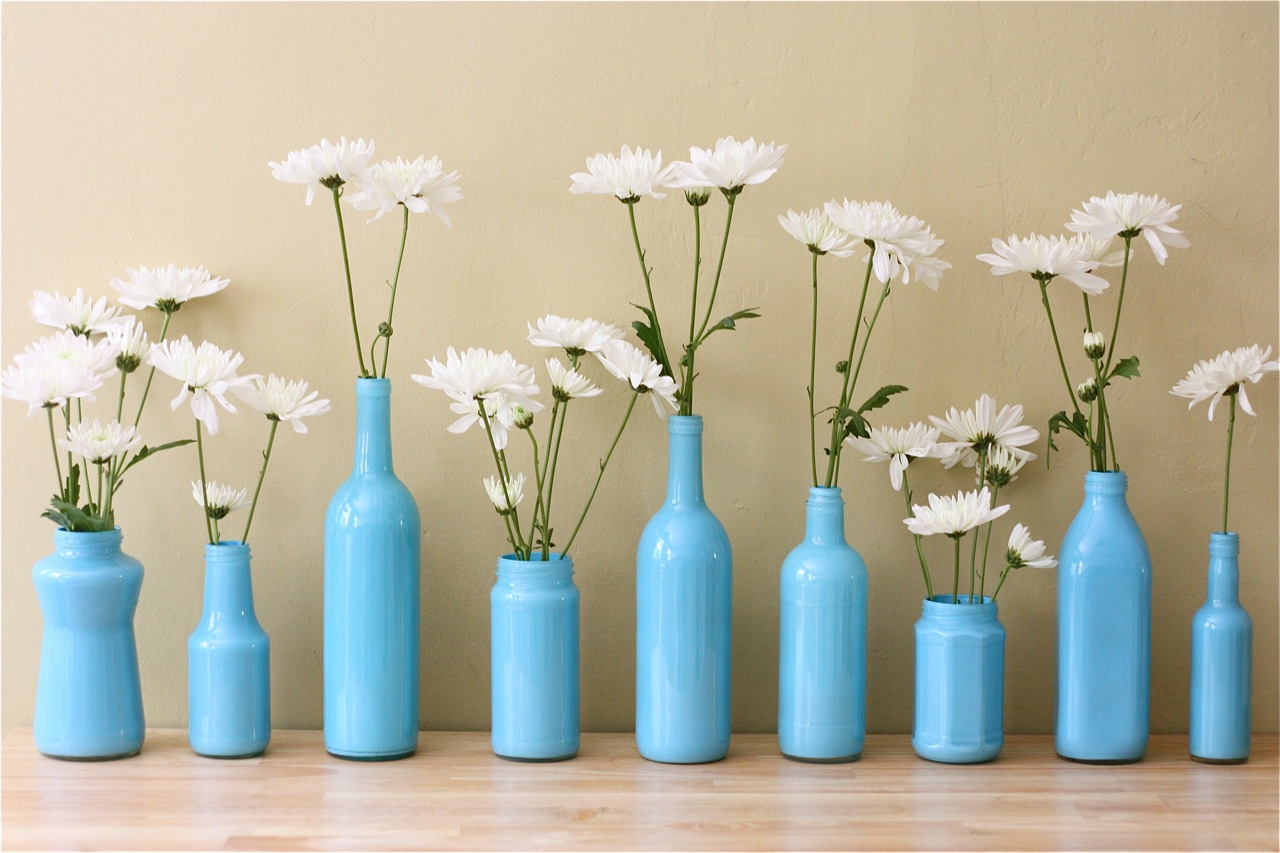 The apple crate painted bottle vases - Vases decoration interieure ...